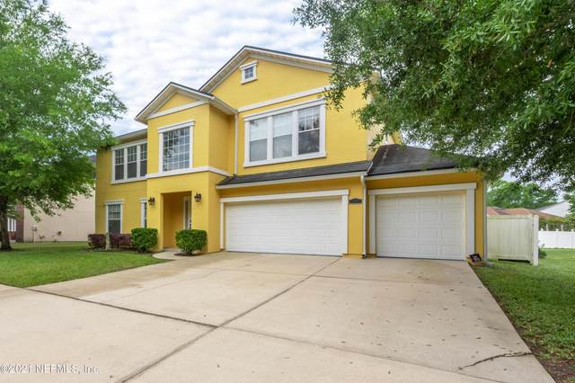 664 Wakeview Dr, Orange Park, FL 32065 (MLS #1104799) :: The Every Corner Team