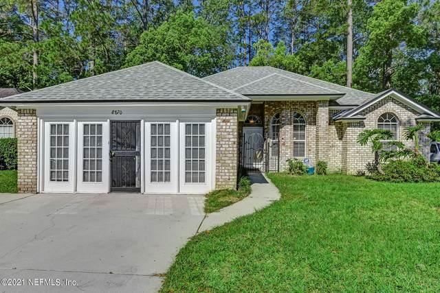 8870 Victoria Landing Dr, Jacksonville, FL 32208 (MLS #1104810) :: The Hanley Home Team