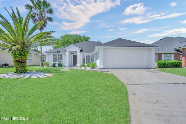 2396 Bentwater Dr W, Jacksonville, FL 32246 (MLS #1104811) :: The Hanley Home Team