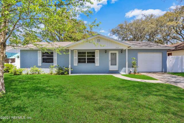2625 Stern Dr E, Jacksonville, FL 32233 (MLS #1104853) :: The Hanley Home Team