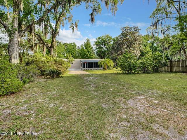 842 Warner Rd /1, GREEN COVE SPRINGS, FL 32043 (MLS #1105190) :: The Every Corner Team