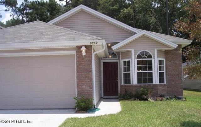 6809 Morse Oaks Dr, Jacksonville, FL 32244 (MLS #1105332) :: The Perfect Place Team