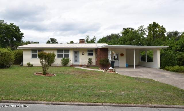 208 Lakeview Ave, Crescent City, FL 32112 (MLS #1105400) :: Olde Florida Realty Group