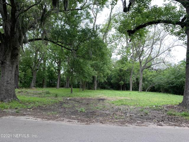 2411 W 1ST St, Jacksonville, FL 32254 (MLS #1105415) :: Bridge City Real Estate Co.