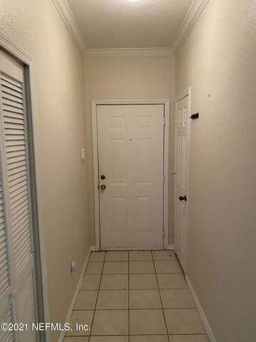10961 Burnt Mill Rd #211, Jacksonville, FL 32256 (MLS #1105463) :: Bridge City Real Estate Co.