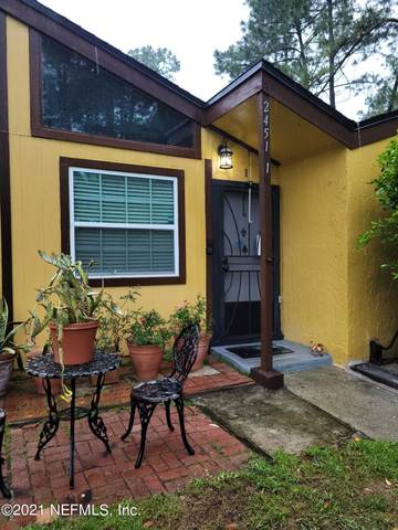 2451 Whispering Woods Blvd #1, Jacksonville, FL 32246 (MLS #1105483) :: Olson & Taylor   RE/MAX Unlimited