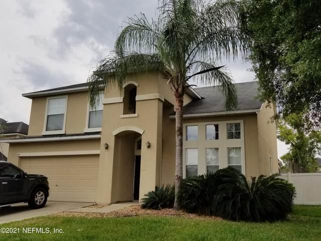 637 Acorn Chase Dr, Orange Park, FL 32065 (MLS #1105698) :: The Volen Group, Keller Williams Luxury International