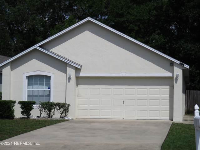 8421 English Oak Dr, Jacksonville, FL 32244 (MLS #1105825) :: The Hanley Home Team