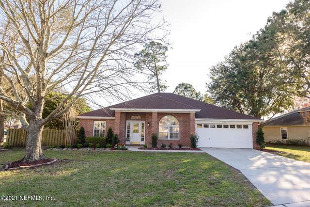 13044 Chets Creek Dr S, Jacksonville, FL 32224 (MLS #1106018) :: The Hanley Home Team