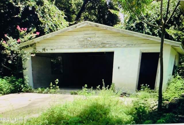 2435 S Pine Estates Rd E, Jacksonville, FL 32218 (MLS #1106090) :: Noah Bailey Group