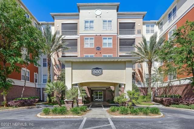 4480 Deerwood Lake Pkwy #634, Jacksonville, FL 32216 (MLS #1106354) :: The Every Corner Team