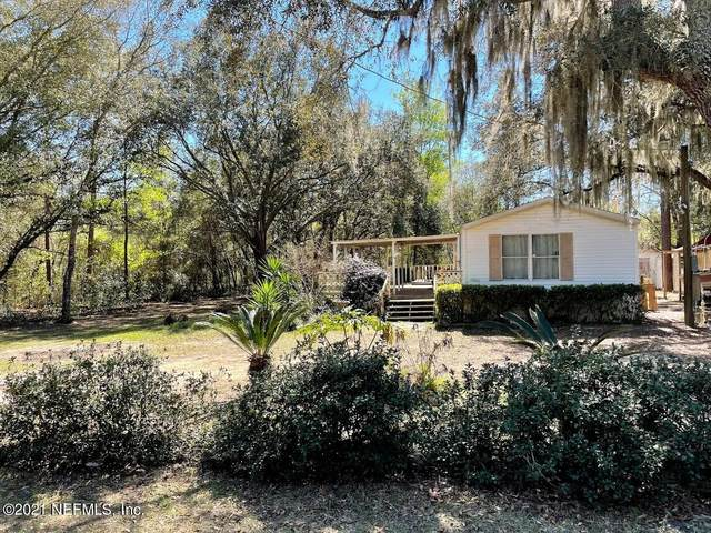 113 Lynnwood Ave, Interlachen, FL 32148 (MLS #1106423) :: EXIT Real Estate Gallery