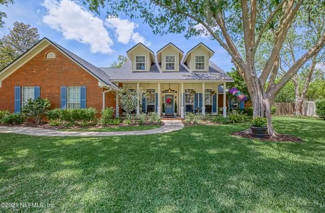 2420 Hawkcrest Dr E, Jacksonville, FL 32259 (MLS #1106635) :: The Hanley Home Team