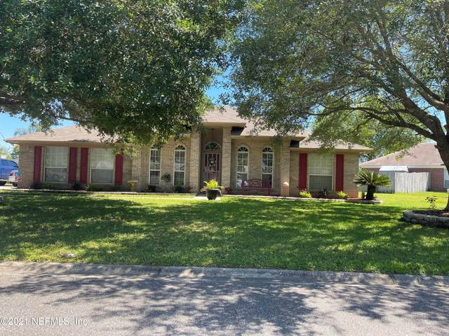 2471 Moon Harbor Way, Middleburg, FL 32068 (MLS #1106757) :: Olde Florida Realty Group
