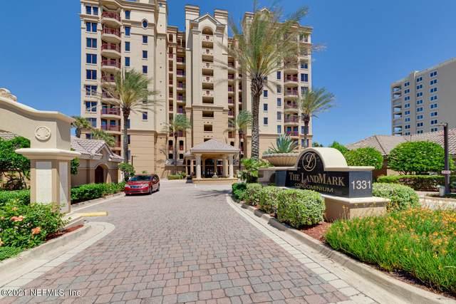 1331 1ST St N #205, Jacksonville Beach, FL 32250 (MLS #1107472) :: The Volen Group, Keller Williams Luxury International