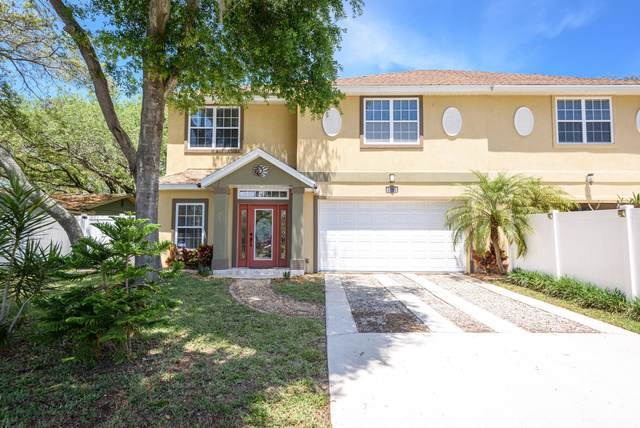 1501 Seabreeze Ave B, Jacksonville Beach, FL 32250 (MLS #1107738) :: EXIT Real Estate Gallery
