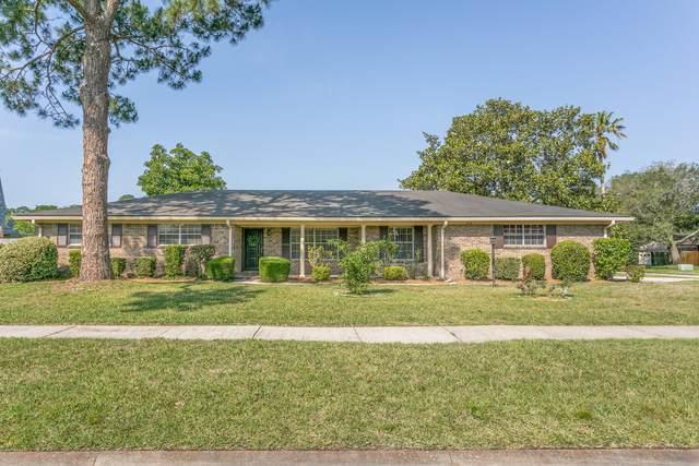 9110 Warwickshire Rd, Jacksonville, FL 32257 (MLS #1107960) :: EXIT Inspired Real Estate