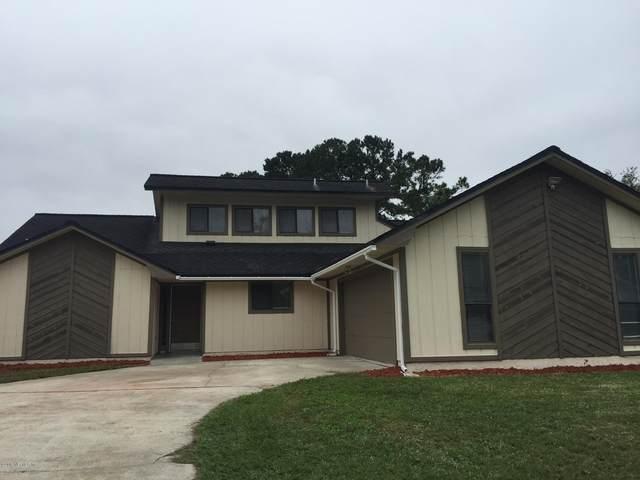 8430 Ambleside Ct, Jacksonville, FL 32244 (MLS #1108006) :: Berkshire Hathaway HomeServices Chaplin Williams Realty