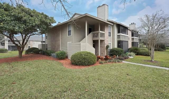 10200 Belle Rive Blvd #61, Jacksonville, FL 32256 (MLS #1108115) :: Olde Florida Realty Group