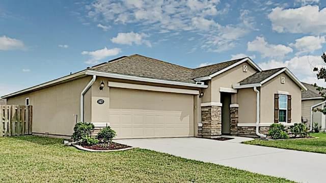 1027 Lemon Drop Ln, Middleburg, FL 32068 (MLS #1108790) :: Noah Bailey Group