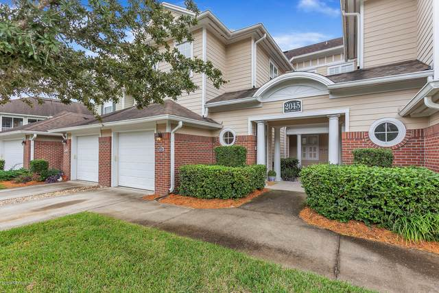 2045 Secret Garden Ln #605, Fleming Island, FL 32003 (MLS #1108907) :: The Volen Group, Keller Williams Luxury International