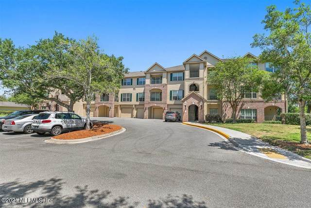 7800 Point Meadows Dr #1335, Jacksonville, FL 32256 (MLS #1108943) :: The Every Corner Team