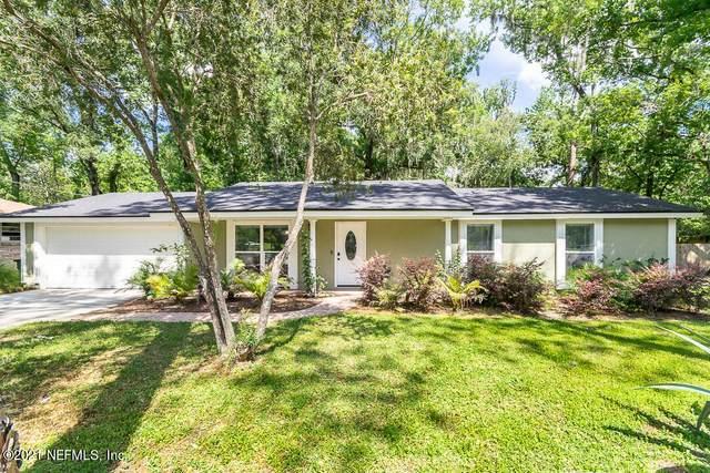 11665 Gwynford Ln, Jacksonville, FL 32223 (MLS #1108989) :: The Hanley Home Team