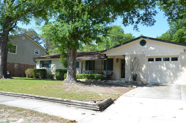1706 Grove Park Dr, Orange Park, FL 32073 (MLS #1109077) :: EXIT Real Estate Gallery