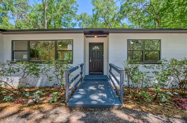 4111 Cedar Rd, Orange Park, FL 32065 (MLS #1109277) :: The Randy Martin Team | Watson Realty Corp
