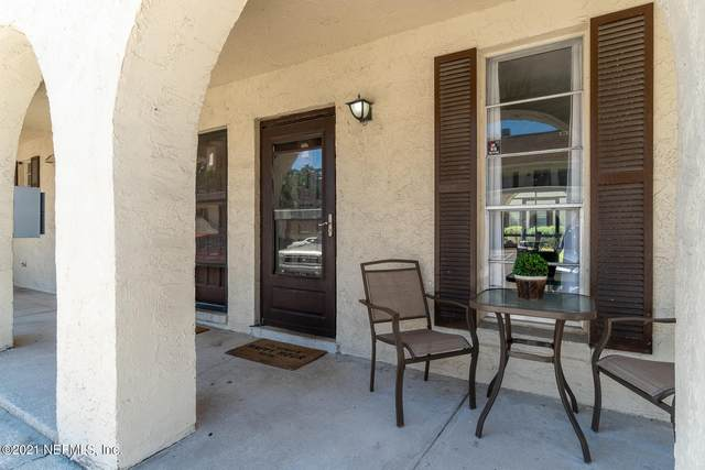 7346 El Barco Rd Unit #2, Jacksonville, FL 32216 (MLS #1109289) :: The Impact Group with Momentum Realty