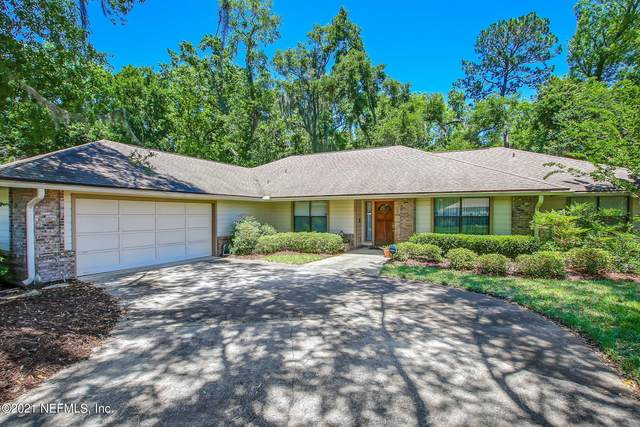 4497 Barrington Oaks Dr, Jacksonville, FL 32257 (MLS #1109317) :: The Impact Group with Momentum Realty