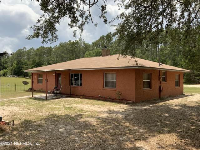 425 Pleasant St, Pomona Park, FL 32181 (MLS #1109575) :: Noah Bailey Group