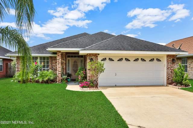 7558 Cliff Cottage Ct, Jacksonville, FL 32244 (MLS #1109707) :: The Hanley Home Team