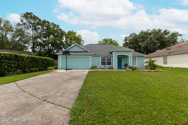 8922 Castle Rock Dr, Jacksonville, FL 32221 (MLS #1109866) :: The Every Corner Team