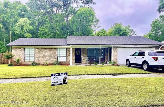 5504 Lofty Pines Cir S, Jacksonville, FL 32210 (MLS #1109868) :: The Volen Group, Keller Williams Luxury International