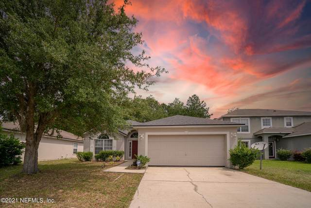 9739 Watershed Ct, Jacksonville, FL 32220 (MLS #1109948) :: The Hanley Home Team