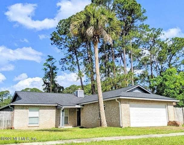 10640 Casa Grande Dr, Jacksonville, FL 32257 (MLS #1110411) :: EXIT 1 Stop Realty