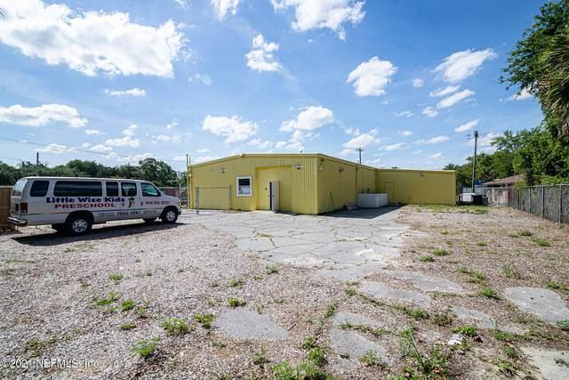 5571 Playa Way, Jacksonville, FL 32211 (MLS #1110600) :: Bridge City Real Estate Co.