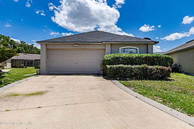 5590 Oak Crossing Ct, Jacksonville, FL 32244 (MLS #1110632) :: Bridge City Real Estate Co.