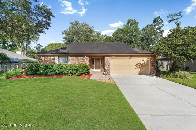 10456 Osprey Nest Dr W, Jacksonville, FL 32257 (MLS #1111311) :: EXIT Real Estate Gallery