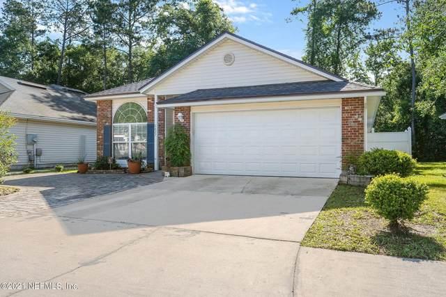 6827 Morse Oaks Dr, Jacksonville, FL 32244 (MLS #1111600) :: The Hanley Home Team