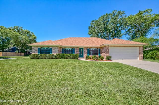 562 Lazy Meadow Dr E, Jacksonville, FL 32225 (MLS #1111637) :: EXIT Real Estate Gallery