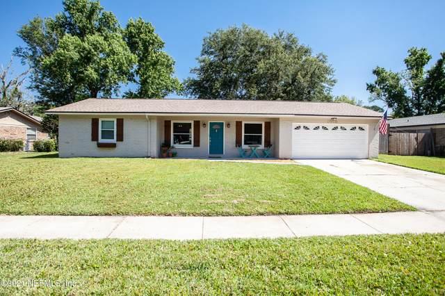 1688 Post Oak Ct, Orange Park, FL 32073 (MLS #1111757) :: EXIT Real Estate Gallery