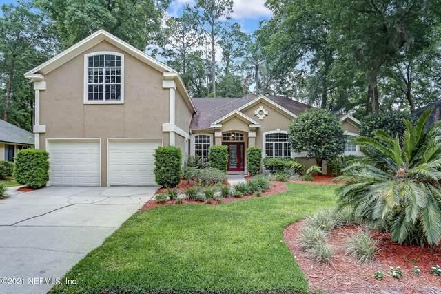 4064 Clearwater Oaks Dr, Jacksonville, FL 32223 (MLS #1112630) :: EXIT Real Estate Gallery