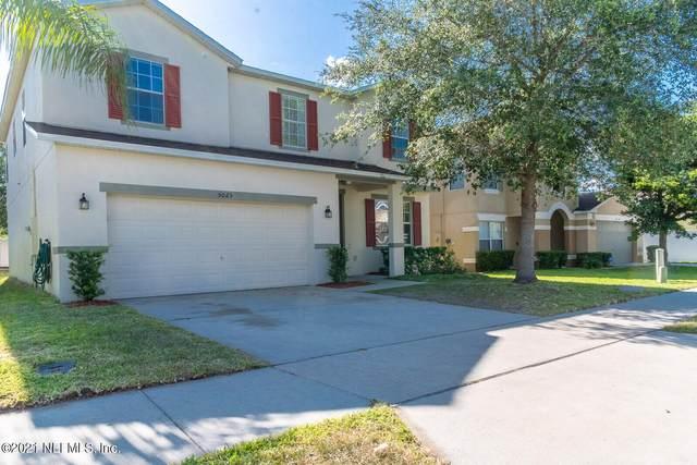 5025 Gandross Ln, MOUNT DORA, FL 32757 (MLS #1112685) :: The Hanley Home Team