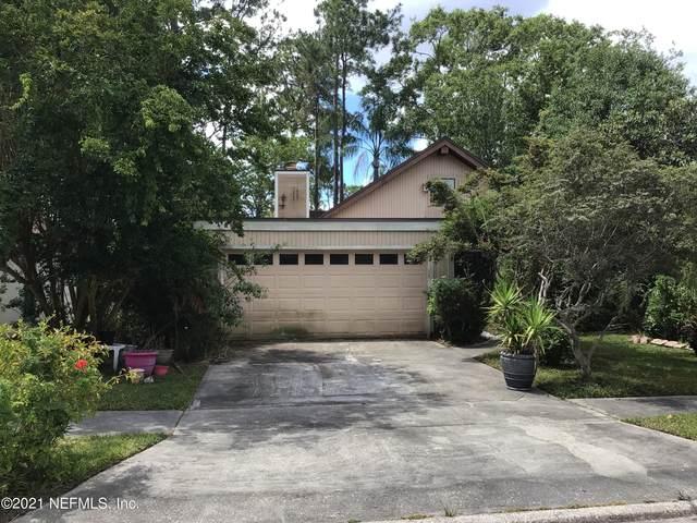 3938 Pine Breeze Rd S, Jacksonville, FL 32257 (MLS #1113002) :: The Hanley Home Team
