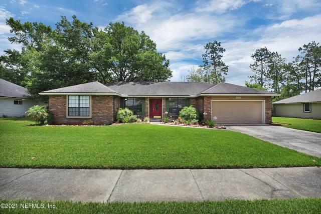 12665 Steeplechase Ln, Jacksonville, FL 32223 (MLS #1113391) :: EXIT Real Estate Gallery