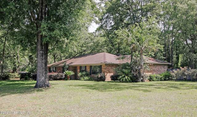 86027 Shady Oak Dr, Yulee, FL 32097 (MLS #1113623) :: The Newcomer Group