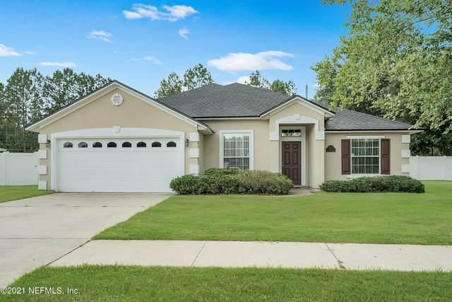 717 Martin Lakes Dr, Jacksonville, FL 32220 (MLS #1113640) :: EXIT Real Estate Gallery