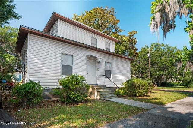 623 Oak St, Palatka, FL 32177 (MLS #1113706) :: The Huffaker Group